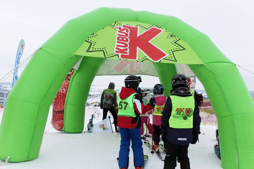 Young skiers during the winter Kubuś event